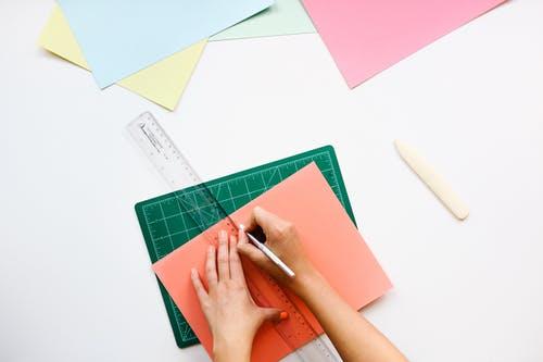 desk-office-pen-ruler
