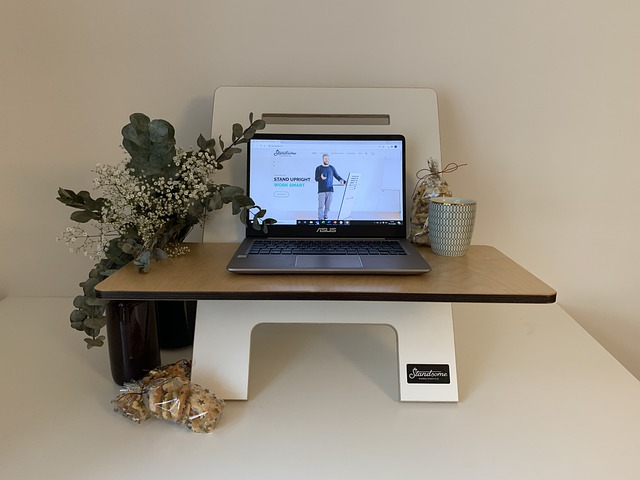 home-office-6062651_640