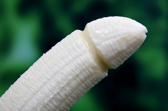 svlečený banán