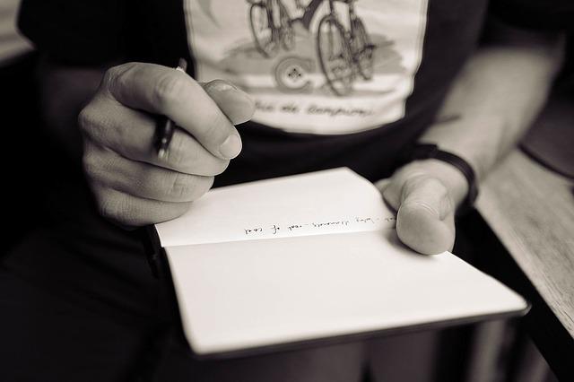 psát perem