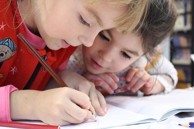 holčičky malují